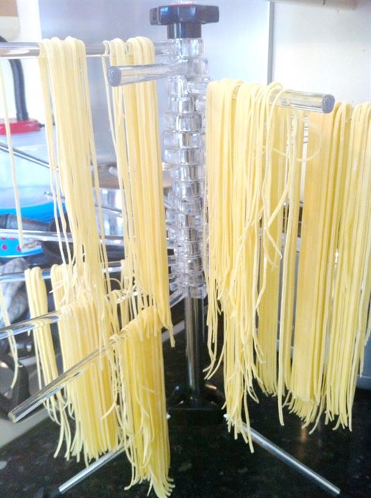 How to make Spaghetti with a Pasta Machine, Lay The Table