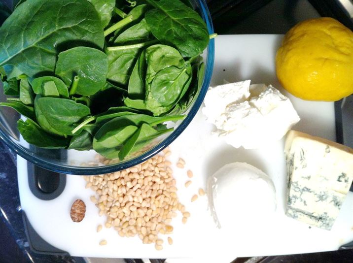 Delia Smiths Spinach and Ricotta Lasagne with Pine Nuts, Lay The Table