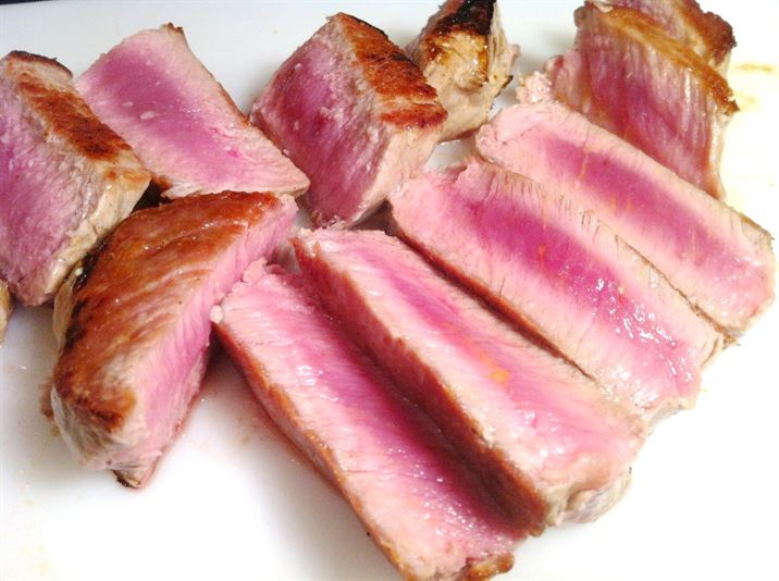 Exotic Meats Taste Test: Zebra Fillet Steaks with Teriyaki Sauce and Coconut Rice, Lay The Table