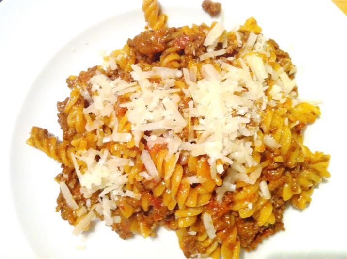 Slow Cooker Mince, Marmite and Five-Spice Ragu with Fusili, Lay The Table