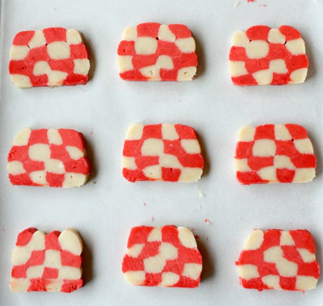 Checkerboard Tablecloth Sugar Cookies for Summer Picnic Party, Lay The Table