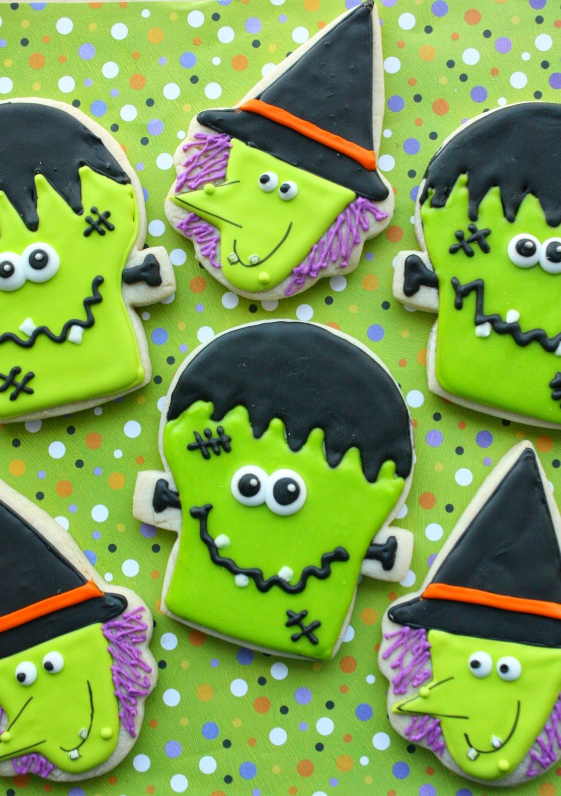 Frankenstein and Witch Cookies, Lay The Table