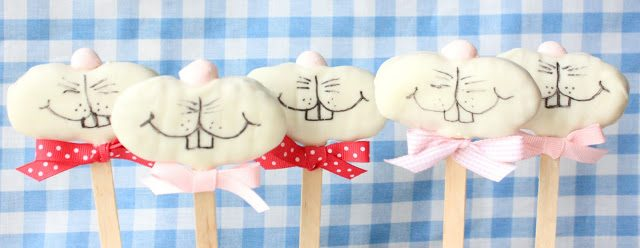 Mini Funny Bunny Nutter Butter Cookie Pops, Lay The Table
