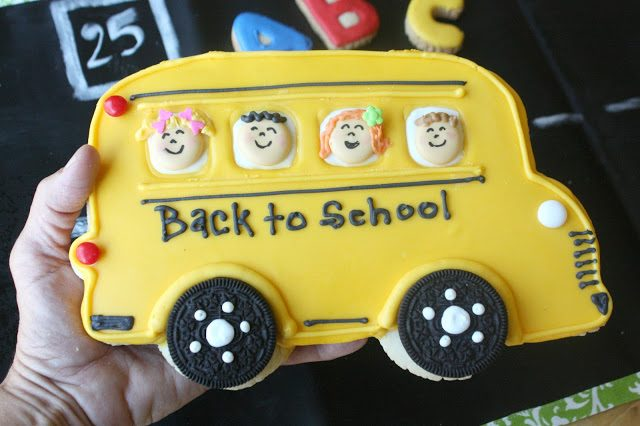 Big Yellow School Bus Cookie, Lay The Table